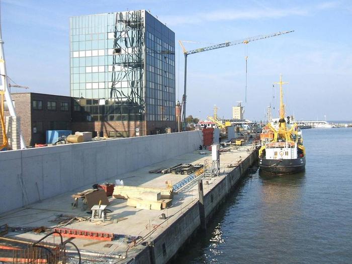 Hecker Bau – Hochwasserschutzwände Cuxhaven